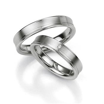 Trauringe aus 925 Silber mit Diamant