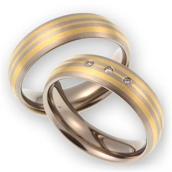 Trauringe aus Titan/585 Gold mit Diamant