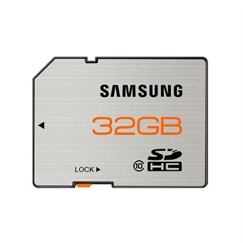 32GB SDHC Class 10 Essential